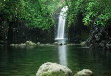 Wasserfall Bouma National Heritage Parkam Ende des Lavena Coastal Walk, der für anspruchsvolle Wanderer zu empfehlen ist, Fidschi  - © Daniel Tückmantel / Fotolia