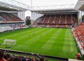 Das Stade Bolleart Delelis in der Stadt Lens gehört mit seinem Eröffnungsjahr 1933 zu den drei ältesten Stadien der Fußball EM in Frankreich - © Liondartois CC BY-SA4.0/Wiki