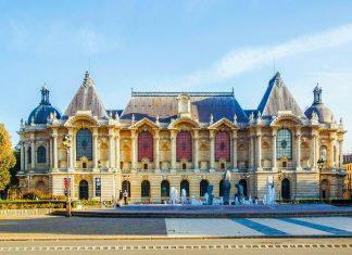 Das Palais des Beaux Arts in Lille ist mit einer Ausstellungsfläche von 22.000m2 nach dem Louvre in Paris das bedeutendste Kunstmuseum Frankreichs   - © Lille_Palais-de-Beaux- / Shutterstock