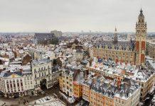 Mit seiner attraktiven Mischung aus flämischer Tradition und französischem Lebensstil lockt das malerische Lille immer mehr Touristen in den hohen Norden Frankreichs - © Michael Vorobiev / Shutterstock