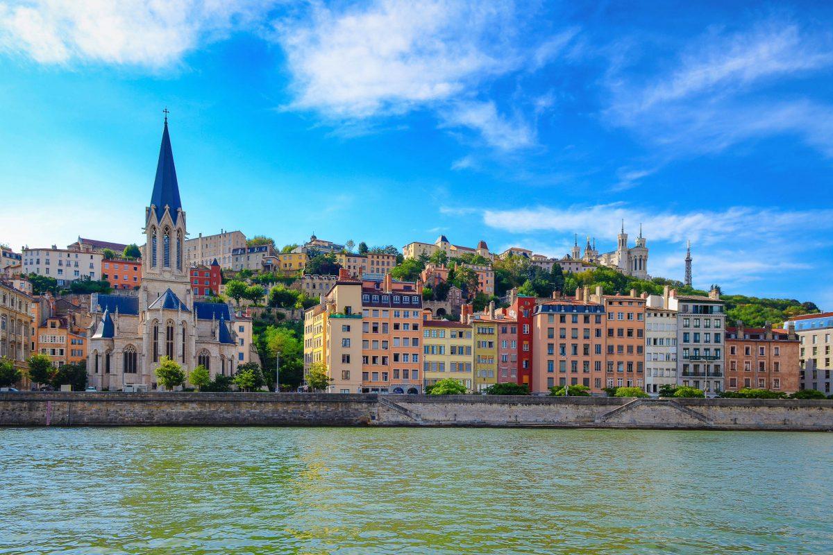 Am Mont Fourvière, dem Stadtberg von Lyon, errichteten die Römer im Jahr 43 vor Christus ihr gallisches Lager Lugdunum, Frankreich - © Martin M303 / Shutterstock