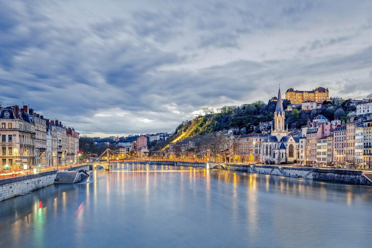 Vor allem in der Hochrenaissance sind in Lyon an den Ufern der Saône herrliche Baudenkmäler entstanden, Frankreich - © prochasson frederic / Shutterstock