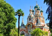 Die farbenprächtige Kathedrale Saint-Nicolas in Nizza im Süden Frankreichs ist die größte russisch-orthodoxe Kirche außerhalb Russlands  - © Lucian Milasan / Shutterstock