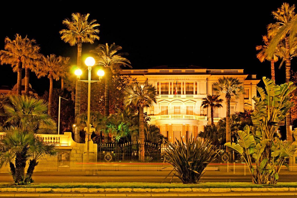 In der prächtigen Jahrhundertwende-Villa des Musée Masséna in Nizza wird die Geschichte der Stadt präsentiert, Frankreich - © eFesenko / Shutterstock