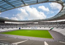 Das gewaltige Stade de France in der Nähe von Paris ist mit Abstand das größte Stadion Frankreichs und bei der Fußball EM 2016 Eröffnungs- und Finalspielort   - © Frederic Legrand - COMEO / Shutterstock