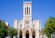 Die römisch-katholische Karl Borromäus Kathedrale wurde von 1912 bis 1923 erbaut und ist Sitz des Bischofs von Saint-Étienne, Frankreich - © Velvet CC BY-SA3.0/Wiki