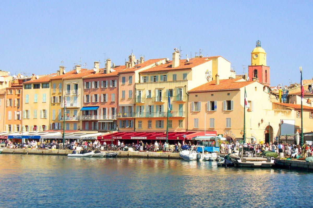 Der Hafen von Saint Tropez, Frankreich - © ira / Shutterstock