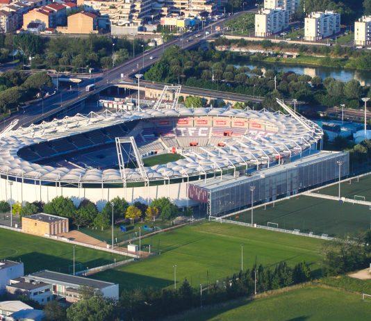 Das 1937 eröffnete Stadium Municipal in Toulouse wurde für die Fußball EM 2016 in Frankreich auf den neuesten Stand der Technik gebracht - © Caroline Léna Becker CC BY3.0/Wiki