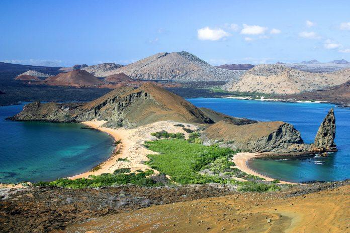Der Galapagos Nationalpark ist aufgrund seines fragilen Ökosystems und seiner einzigartigen Tierwelt eines der bestgeschützten Naturreservate der Erde - © Alexander / Fotolia