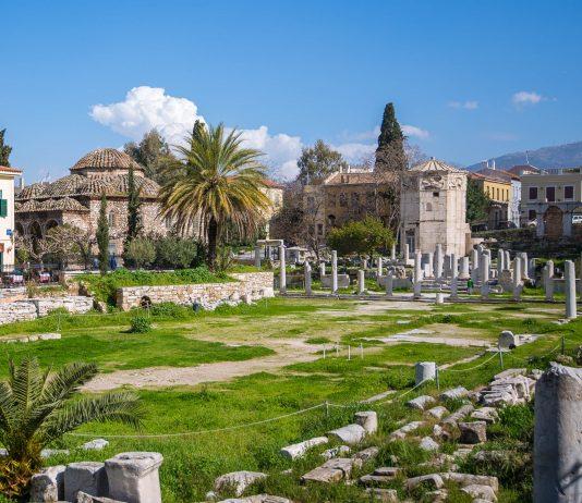 Die Römische Agora in Athen wurde unter Kaiser Augustus angelegt und war einst der belebte Marktplatz der Stadt, Griechenland - © James Camel / franks-travelbox