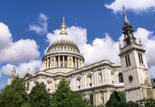 Die St. Paul's Cathedral in London ist Londons Hauptkirche und letzte Ruhestätte vieler berühmter britischer Persönlichkeiten, Großbritannien - © quasarphotos / Fotolia
