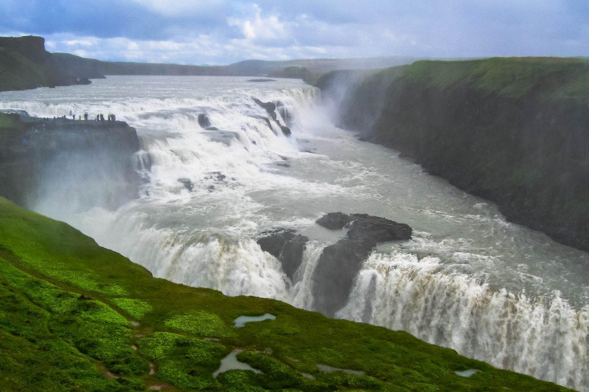 "Gullfoss, der ""goldene Wasserfall"", Island - © FRASHO / franks-travelbox"