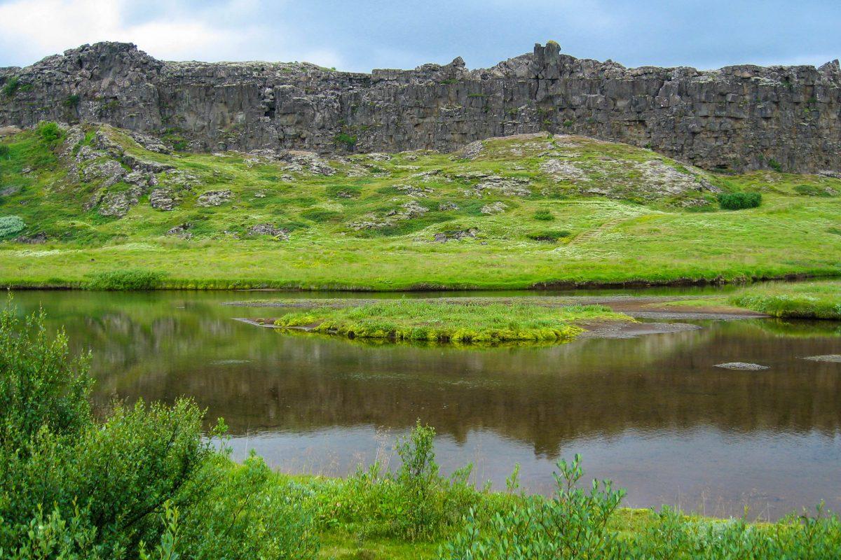In Þingvellir wurden bereits wichtige Entscheidungen getroffen, wie die Annahme des Christentums im Jahr 1000 und die Ernennung der Republik Island - © FRASHO / franks-travelbox