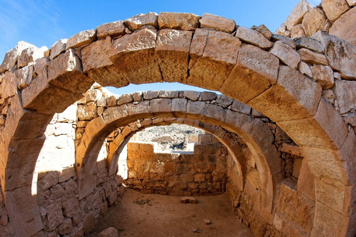 Ruinen der Wüstenstädte in der Wüste Negev, Israel - © slavapolo / Fotolia