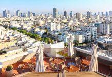 Die Weiße Stadt in Tel Aviv bezeichnet die Ansammlung von über 4.000 schneeweißen überwiegend im Bauhaus-Stil errichteten Gebäuden in Israels Hauptstadt - © Protasov AN / Shutterstock