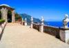 """Die """"Terrazza dell'infinito"""" (""""Terasse der Unendlichkeit"""") der Villa Cimbrone in Ravello, Amalfiküste, Italien - © JeniFoto / Shutterstock"""