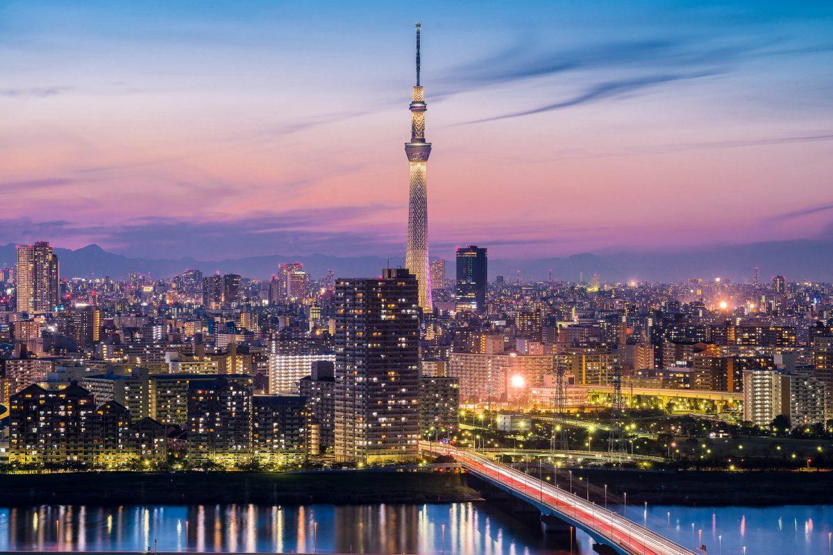 Der Skytree in Tokio, Japan - © skyearth / Shutterstock