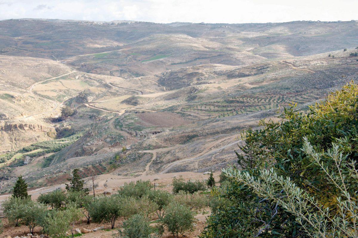 Ausblick vom Berg Nebo, Jordanien, auf das Gelobte Land, welchen laut Bibel bereits Moses genießen durfte - © flog / franks-travelbox