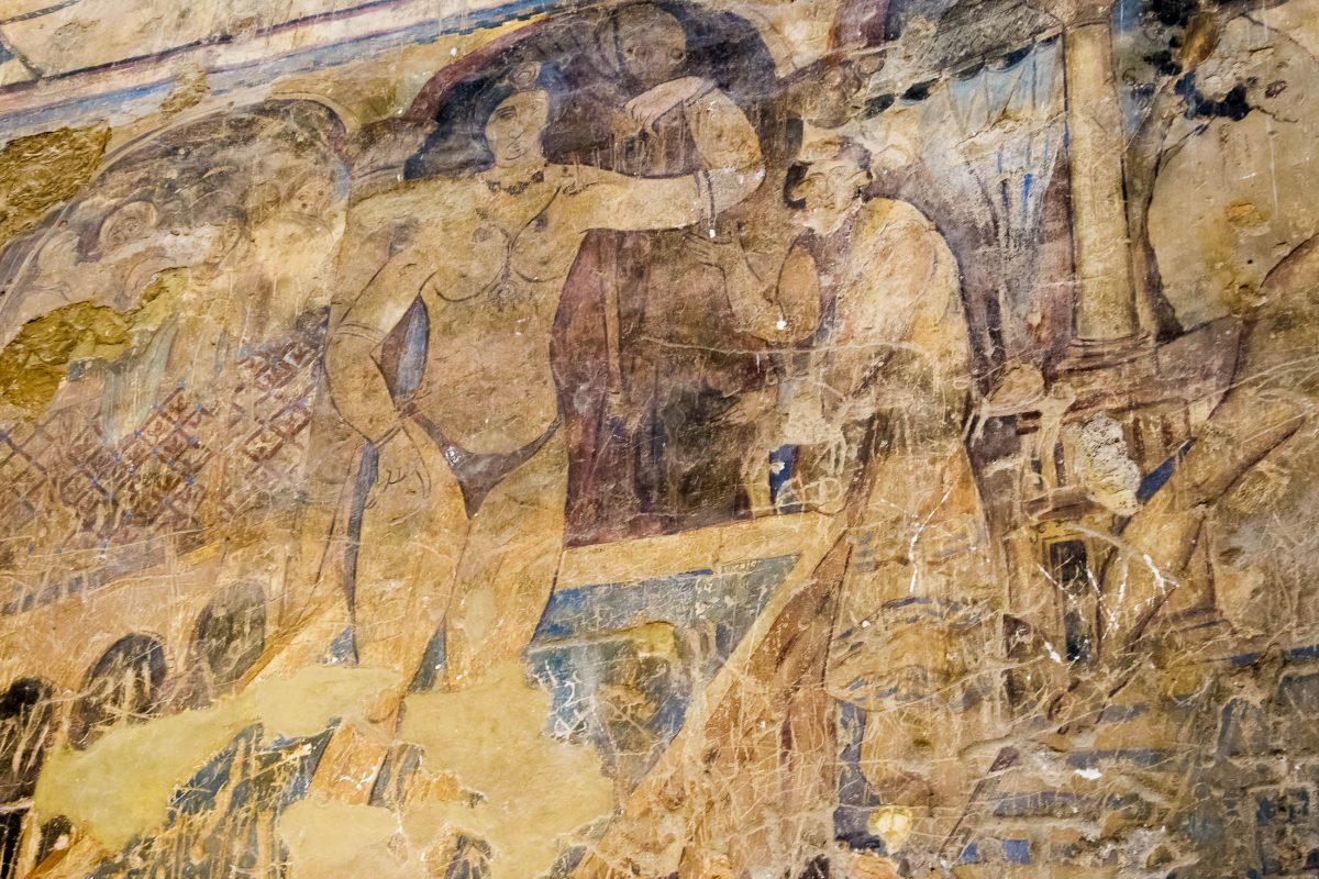 Das Wüstenschloss Qusayr' Amra ist innen mit spektakulären Wandmalereien verziert, Jordanien - © flog / franks-travelbox