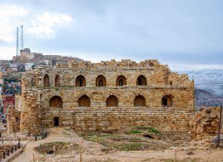 Die eindrucksvolle Kreuzritterburg von Kerak im Westen von Jordanien besiegelte einst Schicksale von Königen und deren Reiche - © flog / franks-travelbox