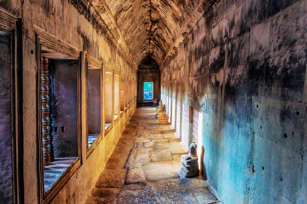 Der beste Ausgangspunkt für einen Besuch in Angkor Wat ist die Stadt Siem Reap, der gesamte Archäologische Park, zu dem auch Angkor Wat gehört, liegt nur 5km nördlich, Kambodscha - © Kushch Dmitry / Shutterstock