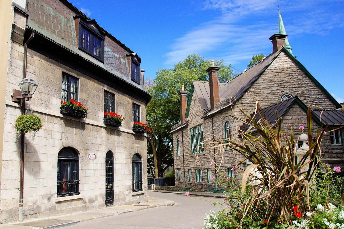 Die Rue Donnacona mit ihren historischen Gebäuden in Quebec, Kanada - © Travel Bug / Shutterstock