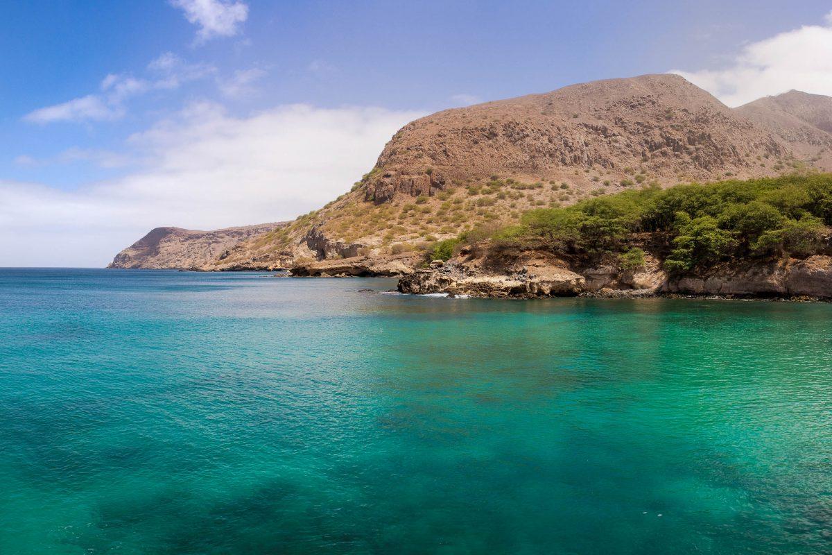 Die Bucht von Tarrafal auf der Insel Santiago, Kap Verde - © AlexanderManykin/Shutterstock