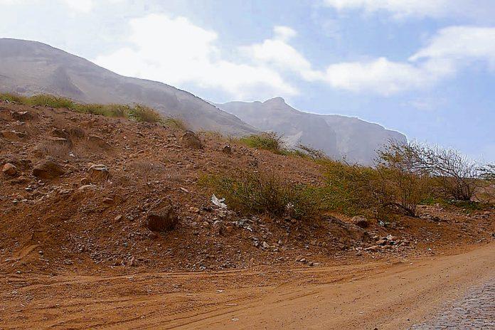 Die Wanderwege und Mountain-Bike-Routen sind auf derInsel São Nicolaunicht ganz so anstrengend wie auf der klassischen Wanderinsel Santo Antão, Kap Verde - © FannySchertzerCCBY-SA2.5/Wiki
