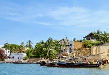 Die Insel Lamu vor der Küste Kenias hat seinen faszinierenden Kulturmix aus tausend Jahren von arabischen, indischen und afrikanischen Einflüssen bis heute bewahren können - © Eric Isselee / Shutterstock