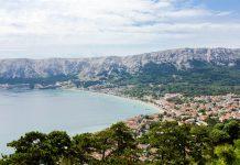 Baska gehört mit seinem kilometerlangen Strand und den herrlichen Aussichtspunkten zu den schönsten Sehenswürdigkeiten der Insel Krk, Kroatien - © James Camel / franks-travelbox