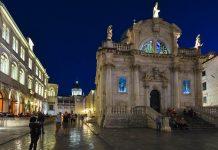 Die Barockkirche Sveti Vlaho bei nächtlicher Stimmung, Dubrovnik, Kroatien - © FRASHO / franks-travelbox