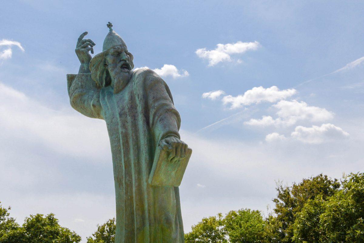 Gregor von Nin war von 900 bis 929 Bischof und ist heute ein Symbol für den Nationalstolz von Kroatien - © James Camel / franks-travelbox