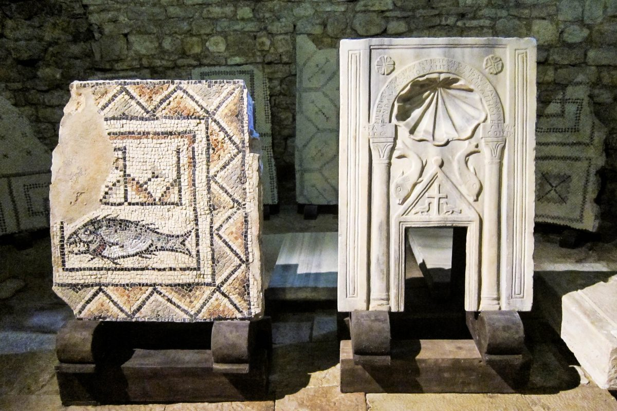 Aufgrund ihres unglaublich guten Zustandes wurden die Mosaike der Euphrasius-Basilika in Poreč zuerst auf das 13. Jahrhundert geschätzt, Kroatien - © FRASHO / franks-travelbox