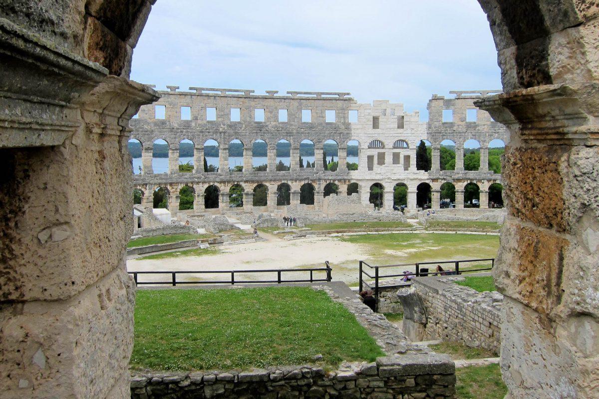 Mit seiner atemberaubenden Kulisse ist das Filmfestival im Amphitheater von Pula eine der attraktivsten Open-Air-Veranstaltungen der Welt, Kroatien - © FRASHO / franks-travelbox