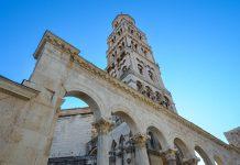Die eindrucksvolle Kathedrale Sveti Duje dominiert die der Spliter Altstadt, Kroatien - © FRASHO / franks-travelbox