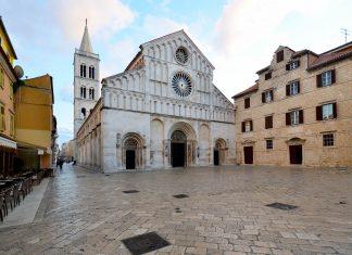 Die Domkirche der Heiligen Anastasia in der Altstadt von Zadar zählt zu den prunkvollsten Kirchen der Stadt, Kroatien - © FRASHO / franks-travelbox