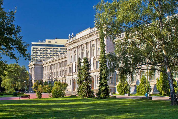 Mit über 3.700 Kunstwerken internationaler Meister zählt das Mimara-Museum in Zagreb zu den wertvollsten Privatsammlungen der Welt, Kroatien - © xbrchx / Shutterstock