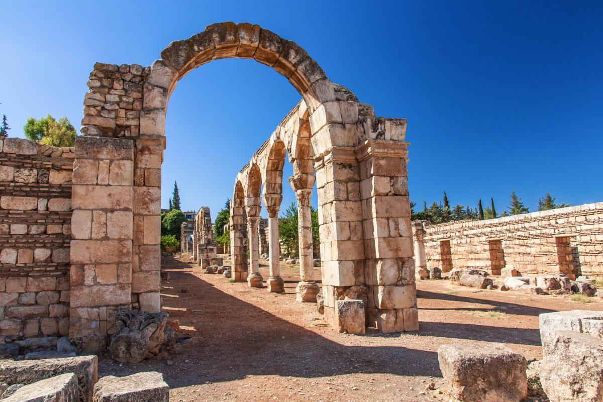 Die spektakulären Ruinen von Anjar gehen auf die Blütezeit der Stadt in der Umayyaden-Periode im 8. Jahrhundert zurück, Libanon - © A.Karnholz - Fotolia
