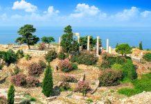 Durch die ständige Besiedlung ist die Ruinenstadt Byblos der Traum eines jeden Archäologen; Schichten von 17 verschiedenen Völkern sind ein offenes Buch für die Forscher, Libanon - © tony85 / Fotolia