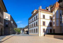 Das Landesmuseum in Vaduz erzählt über die kulturelle und naturgeschichtliche Vergangenheit Liechtensteins - © IGOR ROGOZHNIKOV/Shutterstock