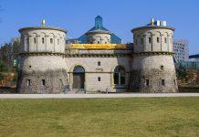Das mächtige Fort Thüngen bietet einen traumhaften Blick über Luxemburg - © Raymond Thill / Fotolia