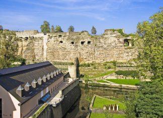 Die Kasematten in der Stadt Luxemburg sind eindrucksvolle unterirdische Verteidigungssysteme aus steinernen Höhlen und Gängen - © Raymond Thill / Fotolia