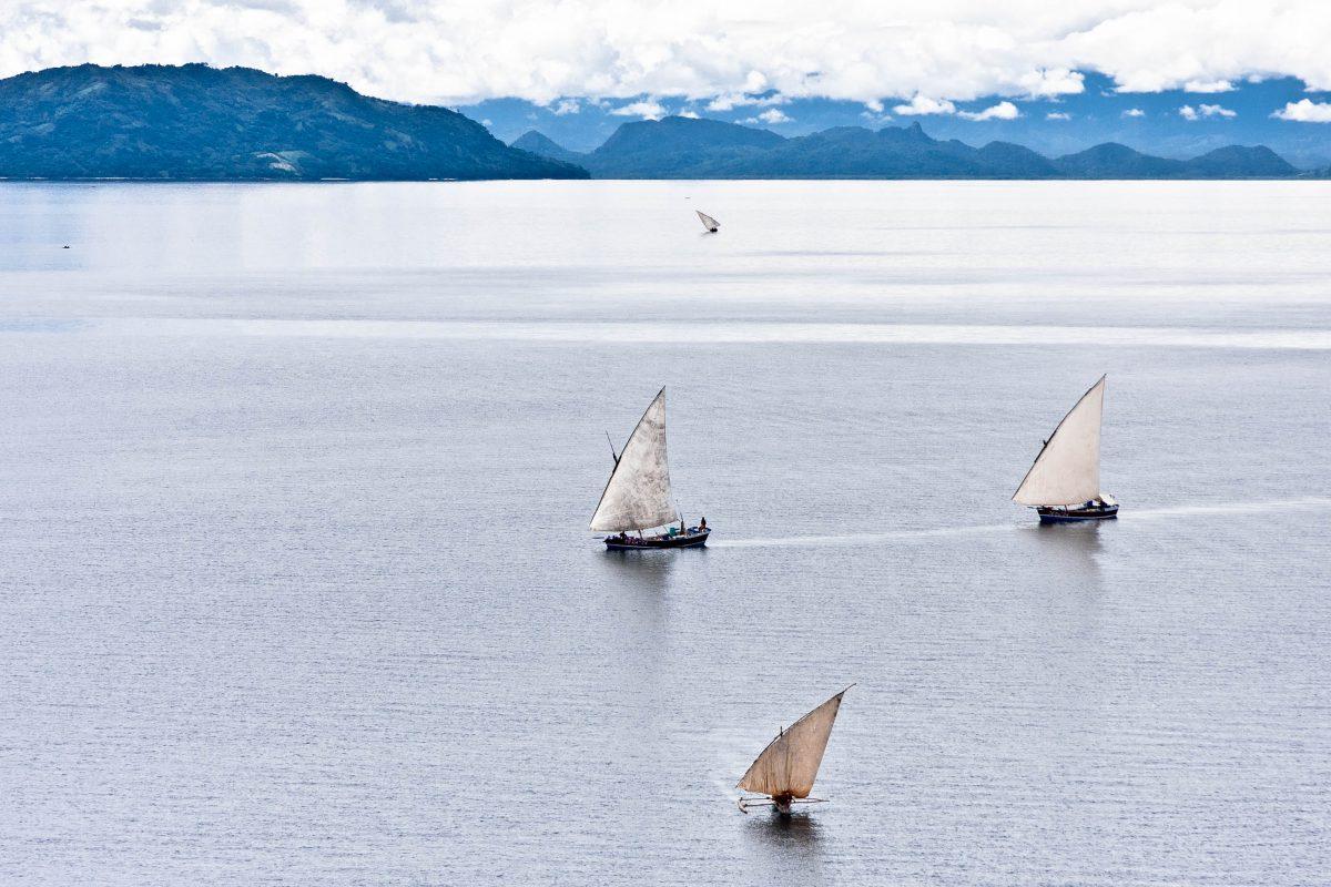 Boote vor der Insel Nosy Be im Norden Madagaskars - © Unclesam / Fotolia