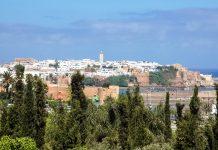 Panoramablick auf die größte Stadt Marokkos - Casablanca, an der Atlantikküste südlich der Stadt Rabat - © Jakub Gruchot / Shutterstock