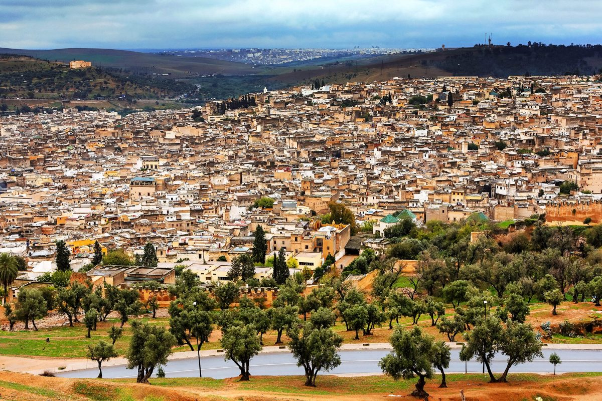 marokko-panorama-der-altstadt-von-fes-de