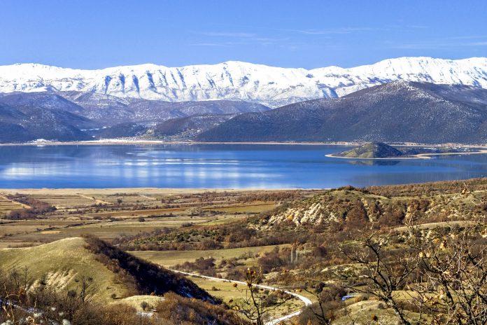 Der Prespa-Nationalpark hat neben der atemberaubenden Natur auch Kirchen, Klöster und andere byzantinische, osmanische und christliche Baudenkmäler zu bieten, Mazedonien - © Panos / Fotolia