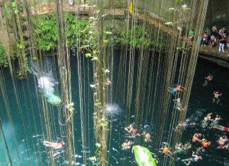 Die Cenote Ik-Kil liegt auf der Halbinsel Yucatan in Mexiko etwa 3km von Chichén Itzá entfernt; das kreisrunde Loch im Boden hat eine Tiefe von 17 Metern - © Jessy / franks-travelbox
