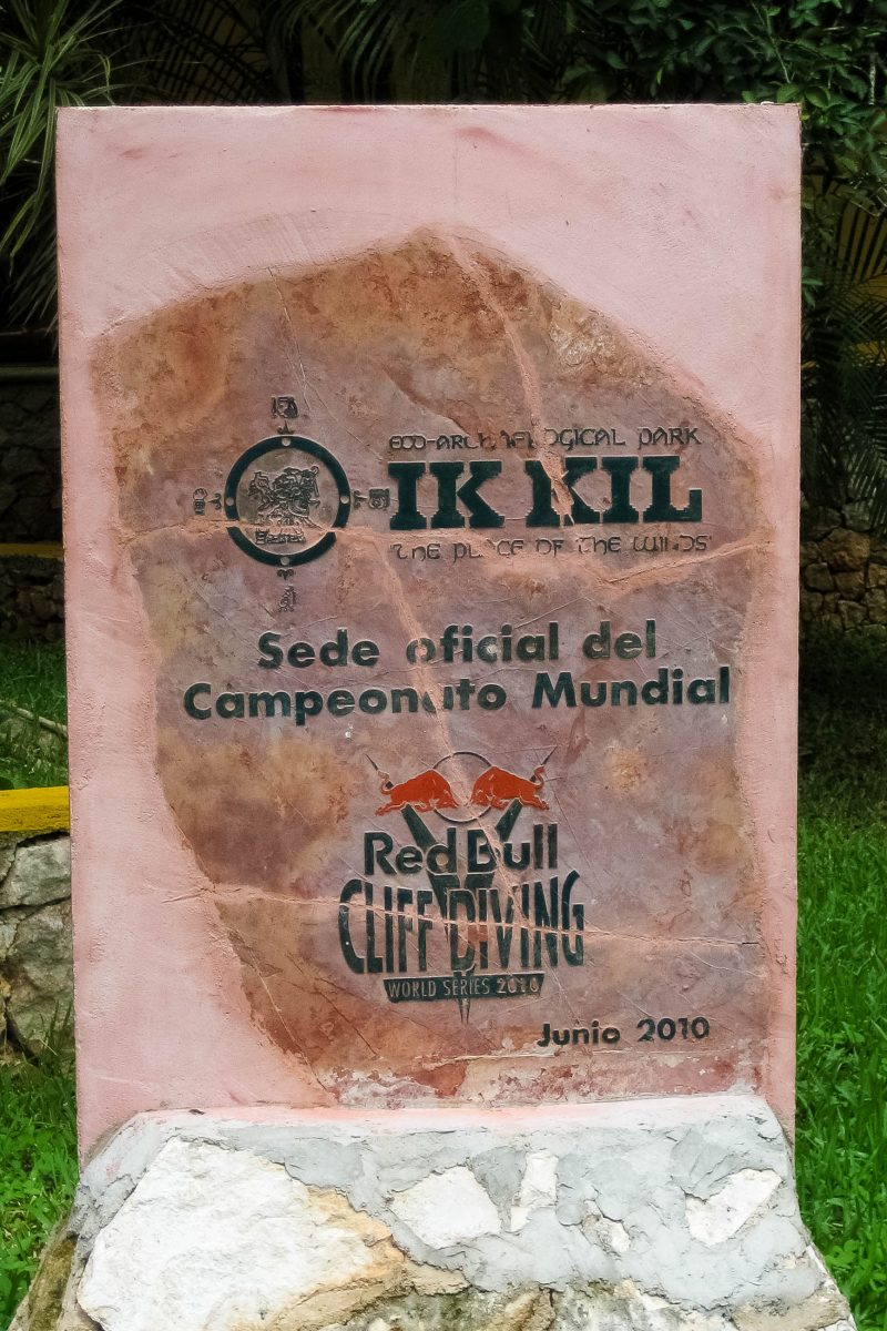 In den Jahren 2010 und 2011 fand an der Cenote Ik-Kul das Red Bull Cliff Diving statt, Mexiko - © Jessy / franks-travelbox