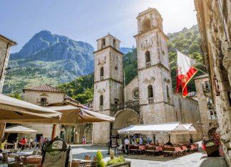 Kotor, das bis dato einzige Kulturdenkmal der UNESCO in Montenegro, gilt unangefochten als schönste Stadt des Landes - © Anton Kudelin / Shutterstock