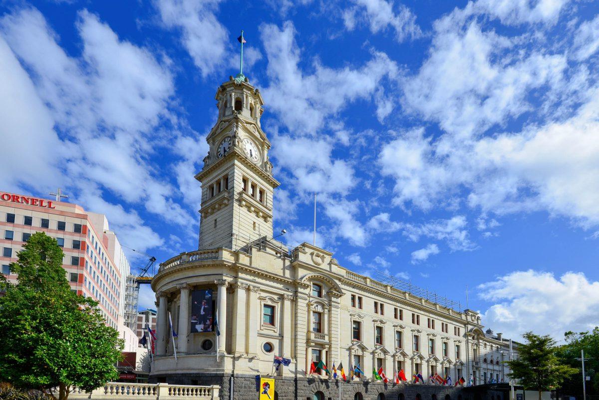 Das Rathaus an der Ecke von Queen Street und Grey Street zählt zu den schönsten historischen Gebäuden von Auckland, Neuseeland - © FRASHO / franks-travelbox